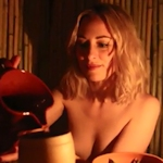 美人記者がロンドンのネイキッドレストランを体験レポート【動画あり】