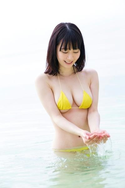 咲田朱里 グラビアビキニ画像 8
