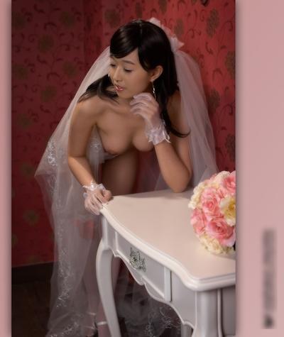 美乳な韓国新婚美女のウェディングヌード画像8