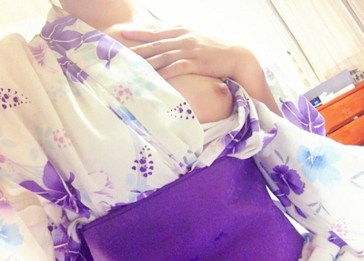 日本美微乳素人女性 自分撮りヌード画像 2