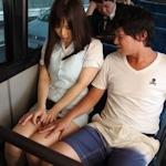 電車内で隣で寝てた女性の太ももを触る → 女性警察官で現行犯逮捕