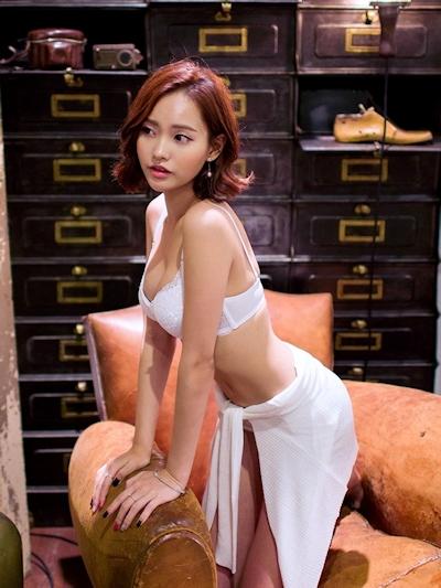 Um Ji Eun ランジェリー画像 6