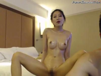 中国のメガネ男が美女をハメ撮り 8