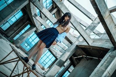 美乳な中国美少女のヌード画像 4