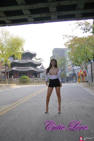 韓国巨乳女性 野外露出ヌード画像 10