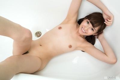 橋本ありな ヌード画像 12