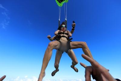 Angelina Doroshenkova skydiving 7