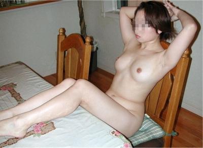 日本の素人女性のプライベートヌード画像 27