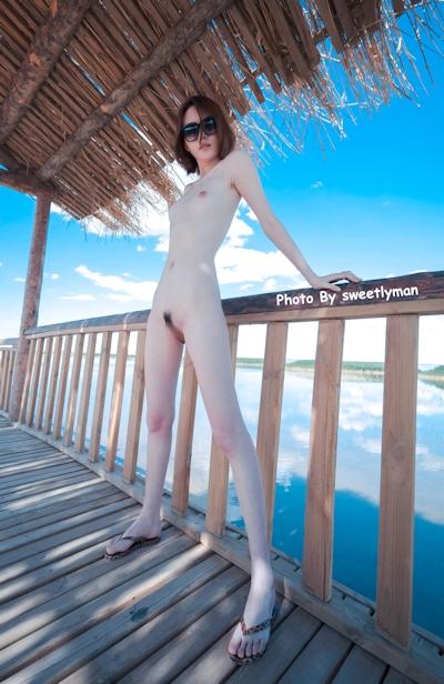 中国スレンダー微乳美女ヌード画像 2