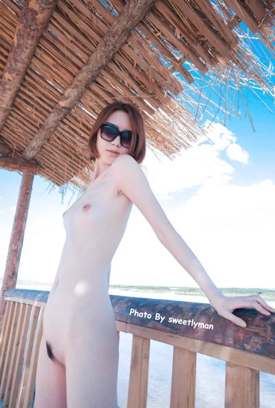 中国スレンダー微乳美女ヌード画像 3