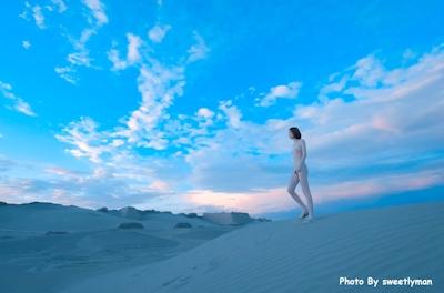 中国スレンダー微乳美女ヌード画像 5