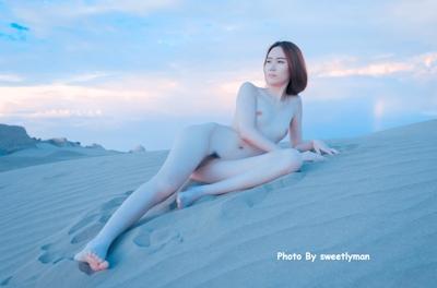 中国スレンダー微乳美女ヌード画像 7