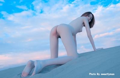 中国スレンダー微乳美女ヌード画像 8