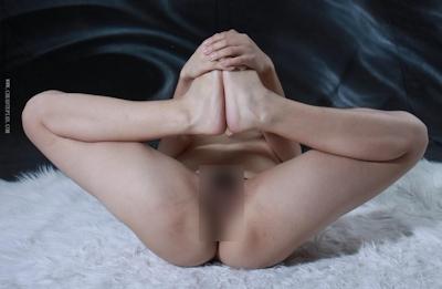中国美女をモデルに撮影したヌード画像 16