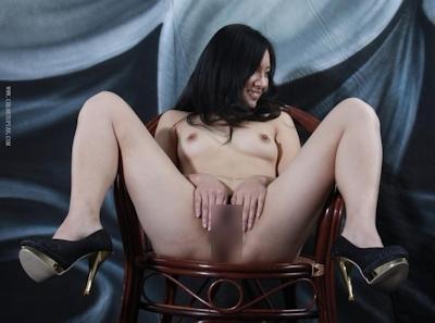 中国美女をモデルに撮影したヌード画像 17