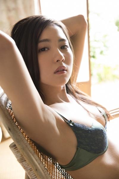 石川恋 ビキニ画像 13
