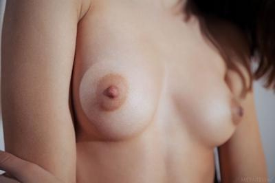 Ariel Nude 3