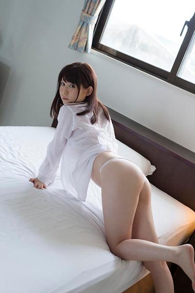 飛鳥りん セクシーヌード&ビキニ画像 9