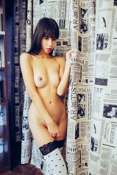 中国美女モデル 艾栗栗(Ailili) セクシーヌード画像 23