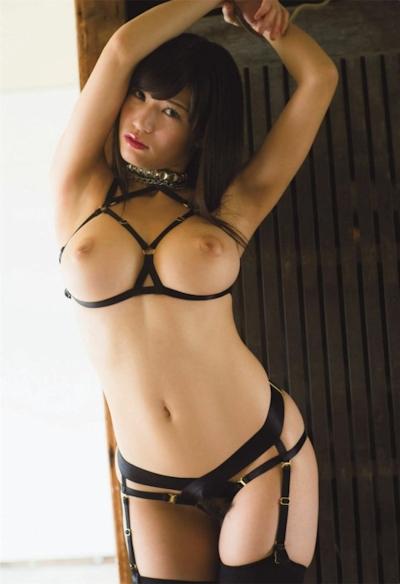 高橋しょう子(高崎聖子) セクシーヌード画像 12