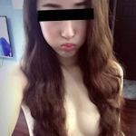アジアン美女の自分撮りおっぱい画像
