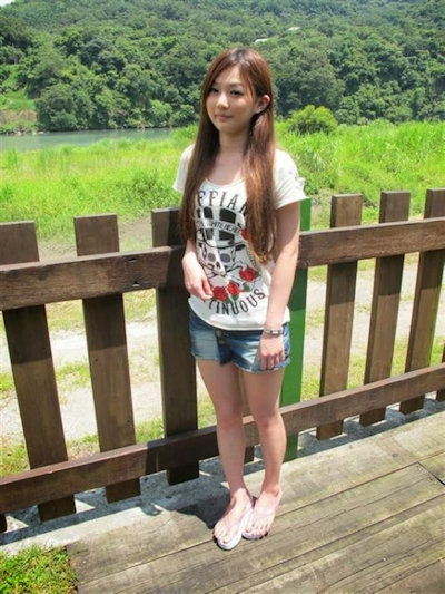 台湾極上美少女 流出ヌード画像 1