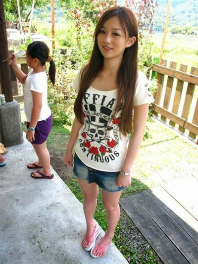 台湾極上美少女 流出ヌード画像 2