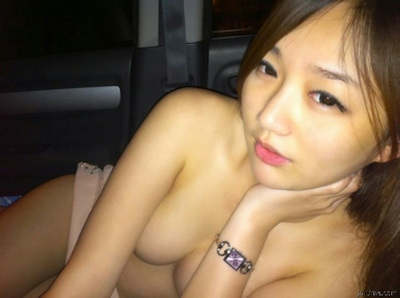 台湾極上美少女 流出ヌード画像 6