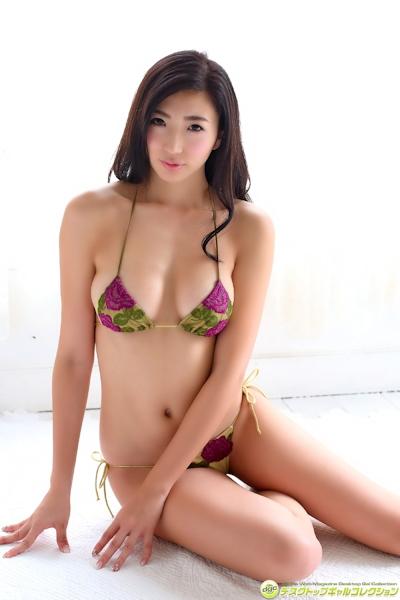 松嶋えいみ ビキニ画像 15
