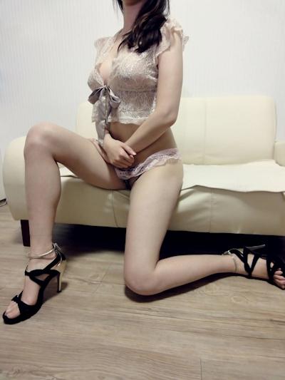 美巨乳な韓国女性 ヌード画像 4