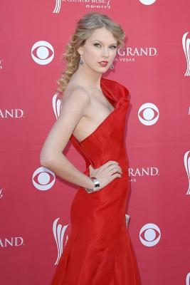 Taylor-Swift-280813 (9)