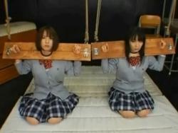 制服女子を拘して水(´∀`) - エロ動画 アダルト動画
