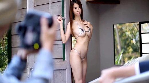 新井梓 32