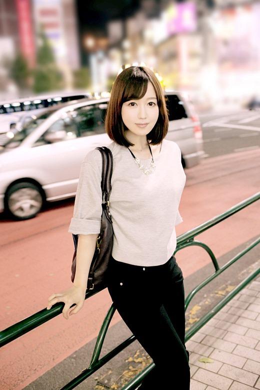 篠田ゆう 01