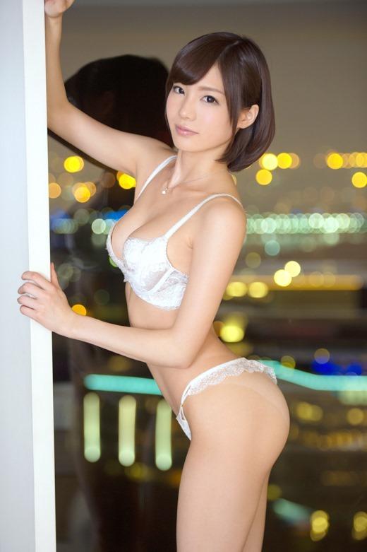 鈴村あいり 02