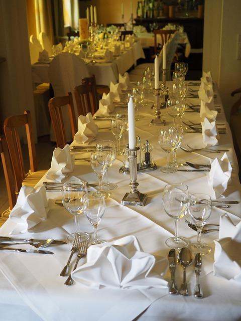 結婚式の テーブル