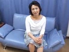 ダイスキ!人妻熟女動画 :バツイチになって10年、アソコが乾きそうなのでAV出演した五十路熟女 里中亜矢子