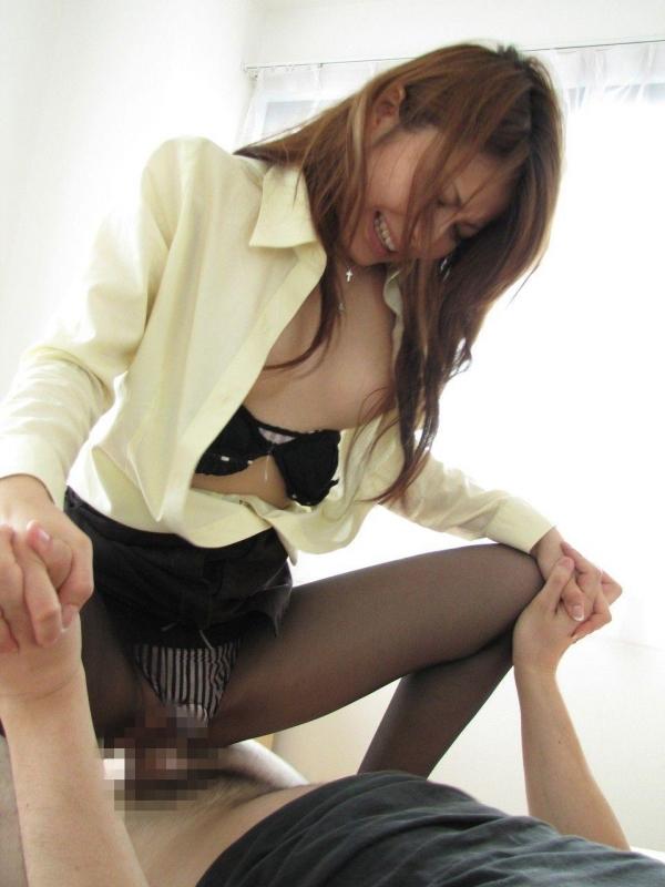 騎乗位のセックス画像014