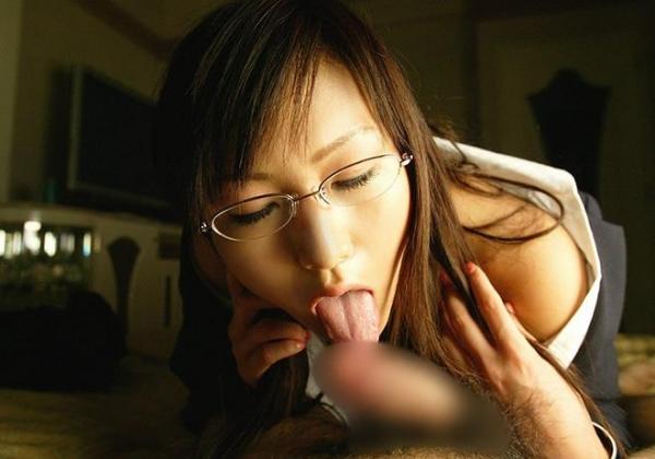舌先でフェラチロ画像 25