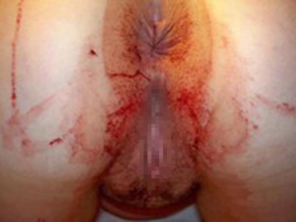 生理中のオマンコ画像 10