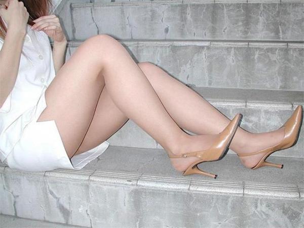 生足で魅せるハイヒール画像 50