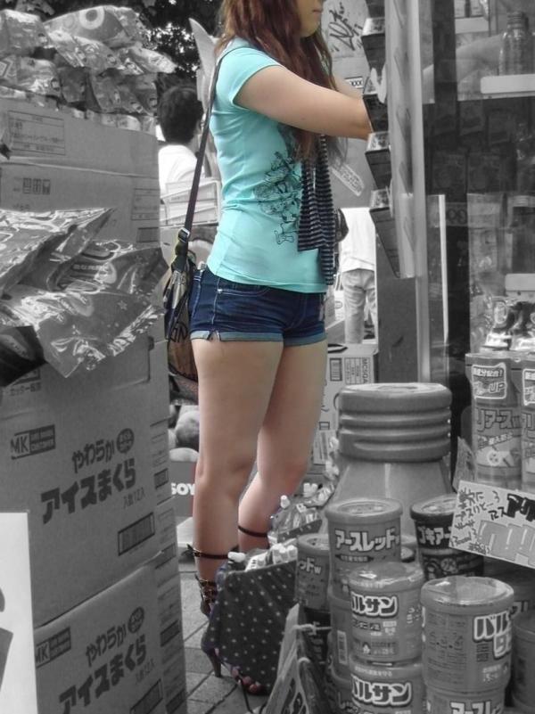 街撮りショートパンツ画像008