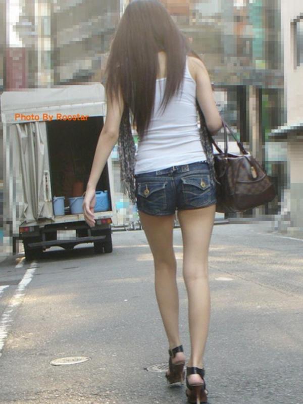 街撮りショートパンツ画像024