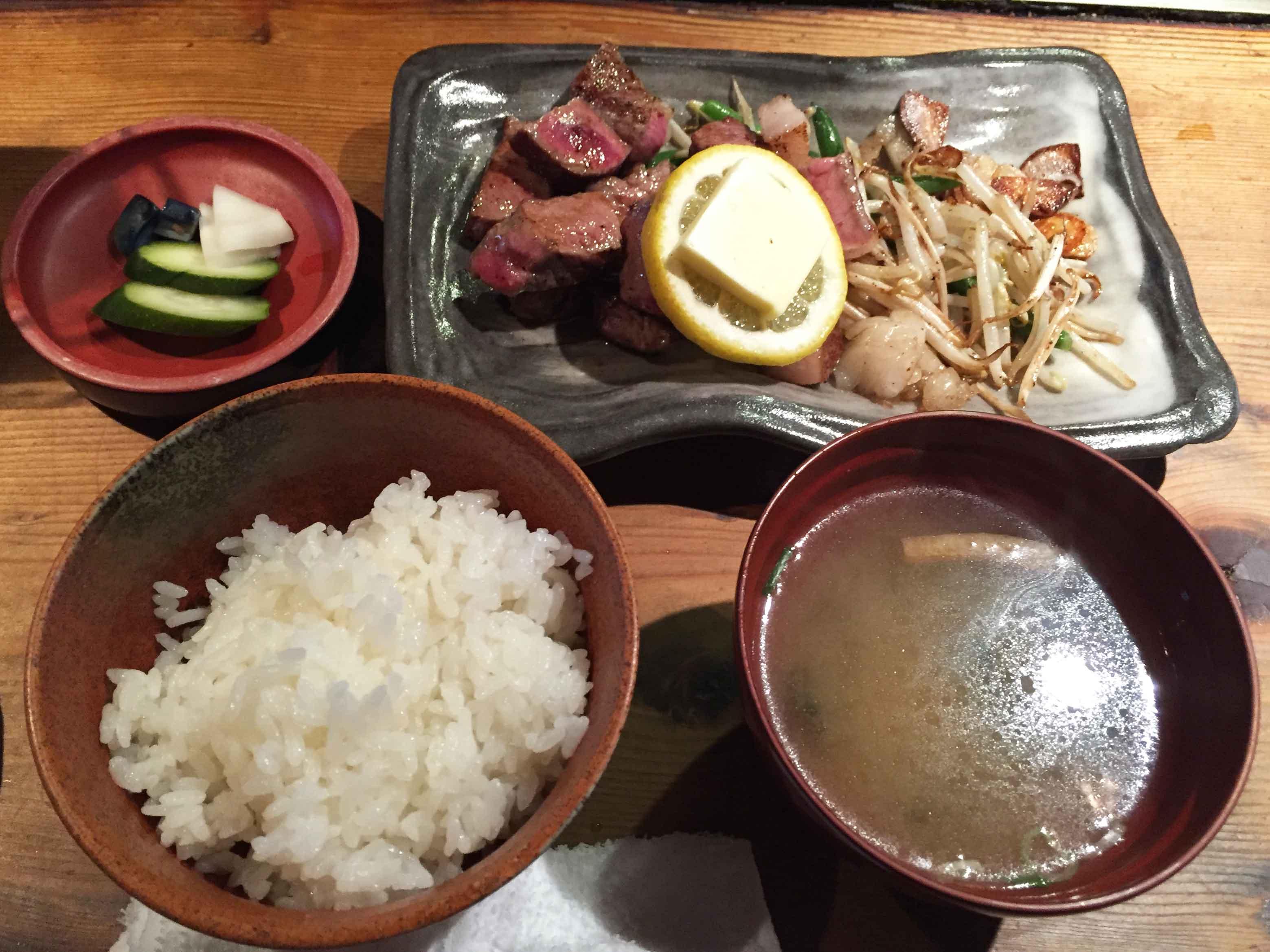 にしやま亭_サーロインステーキセット