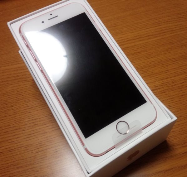 iPhone6s 64GB2