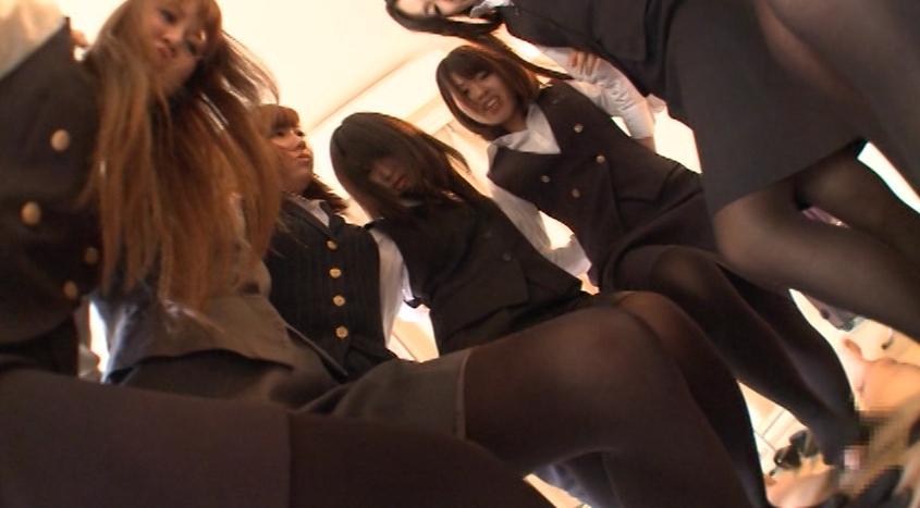 蒸れて臭い立つ OL黒タイツのつま先消臭強要 足で支配される屈辱の脚フェチDVD画像6