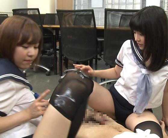 ッチムチ太腿とブルマが眩しいJKのニーハイ足コキ抜きの脚フェチDVD画像6