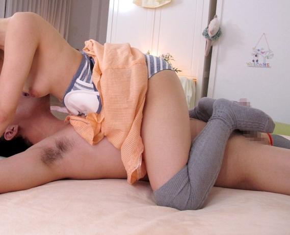 精液大好きな園咲杏里のニーハイソックス足コキで連続射精の脚フェチDVD画像2