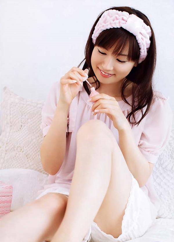 皆藤愛子のパンチラ画像2