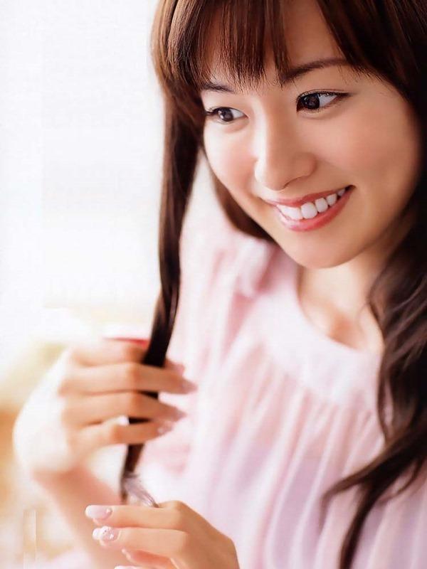 皆藤愛子のパンチラ画像9